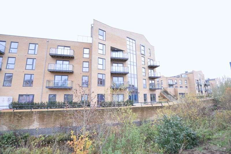 1 Bedroom Flat for sale in Richardson House, Nash Mills Wharf
