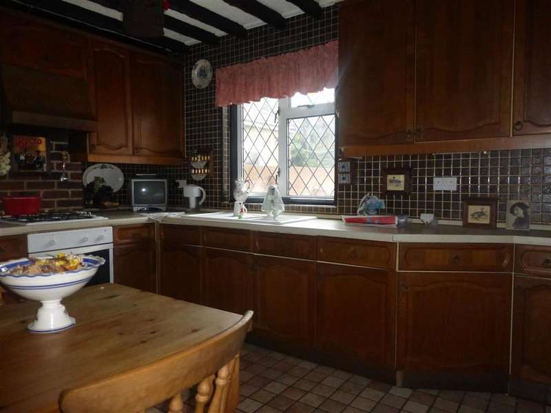 2 Bedrooms Detached House for sale in Nethercourt Farm Road, Ramsgate, Kent