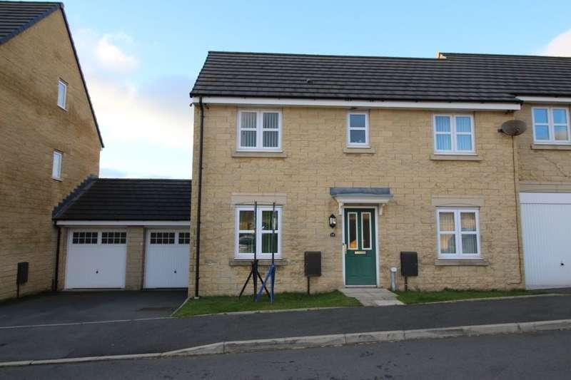 3 Bedrooms Semi Detached House for sale in Corden Avenue, Darwen, BB3