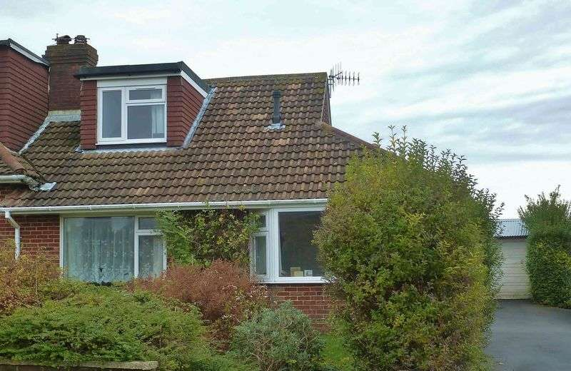 4 Bedrooms Bungalow for sale in Bramble Rise, Westdene, Brighton