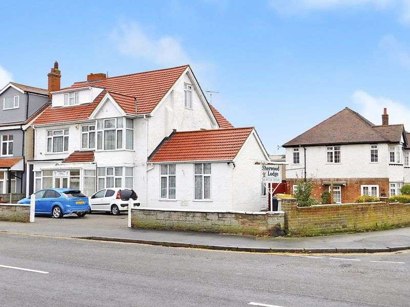 Property for sale in 100 Drummond Road, Skegness