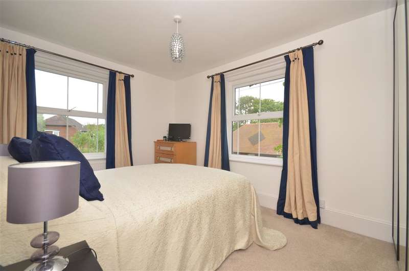 4 Bedrooms Detached House for sale in The Street, Waldron, Heathfield, East Sussex
