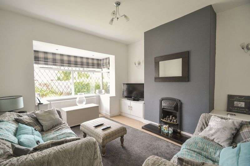 3 Bedrooms Semi Detached Bungalow for sale in Station Road, New Longton, Preston