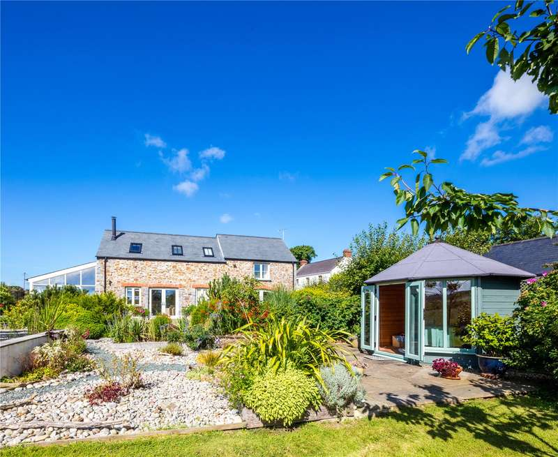 4 Bedrooms Detached House for sale in Masons Barn, Dale Road, Haverfordwest, Pembrokeshire