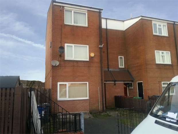 4 Bedrooms End Of Terrace House for sale in Langport Avenue, Manchester
