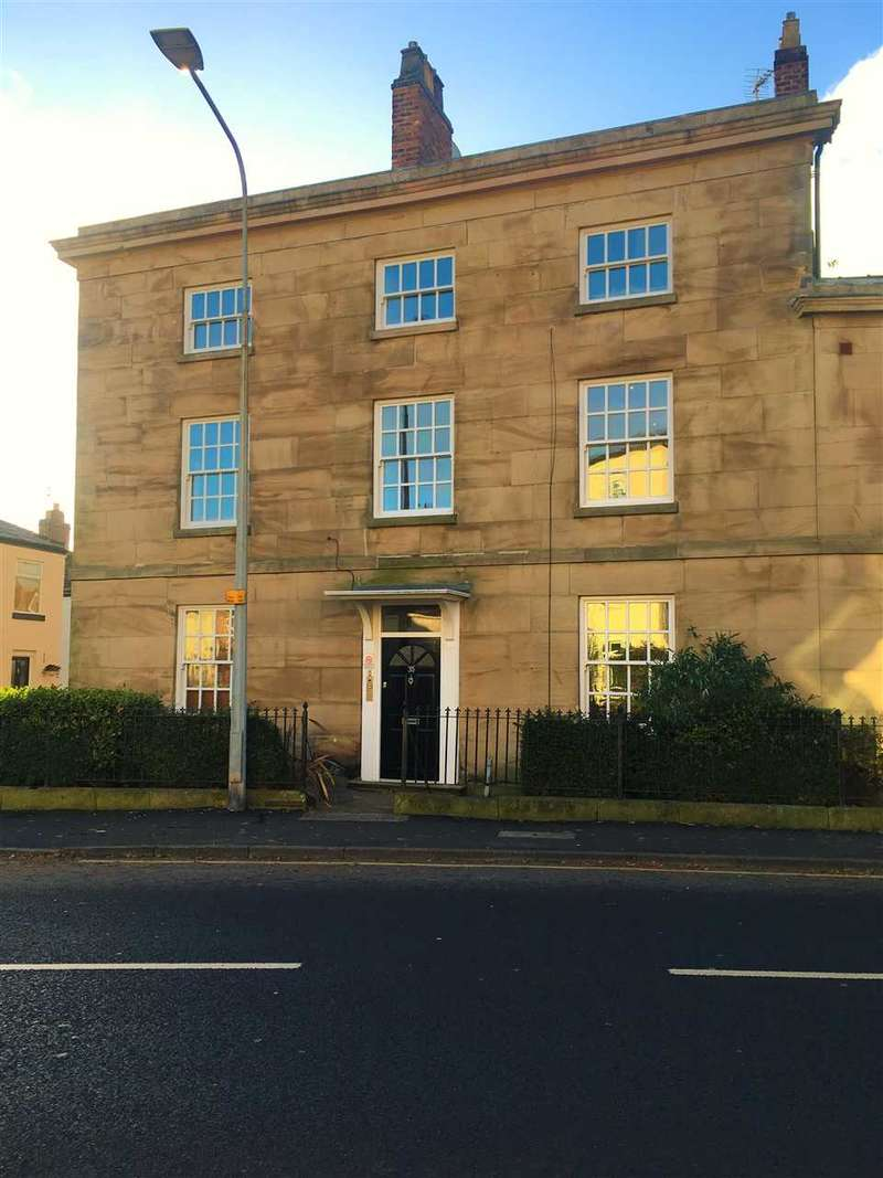 3 Bedrooms Apartment Flat for sale in St Albans Place, Chester Road, Macclesfield