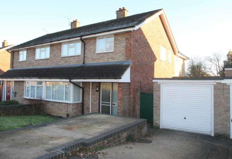 3 Bedrooms Semi Detached House for sale in Leverstock Green, Hemel Hempstead