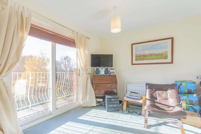 Studio Flat for sale in Brackley Road, Beckenham, BR3