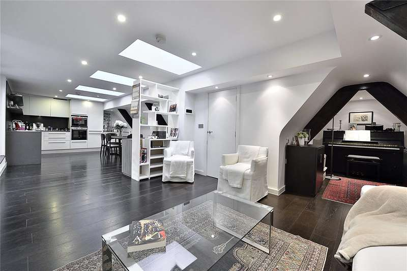 3 Bedrooms Flat for sale in Pissarro House, Augustas Lane, London, N1