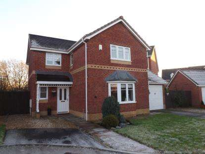 4 Bedrooms Detached House for sale in Acorn Close, Penwortham, Preston, Lancashire, PR1