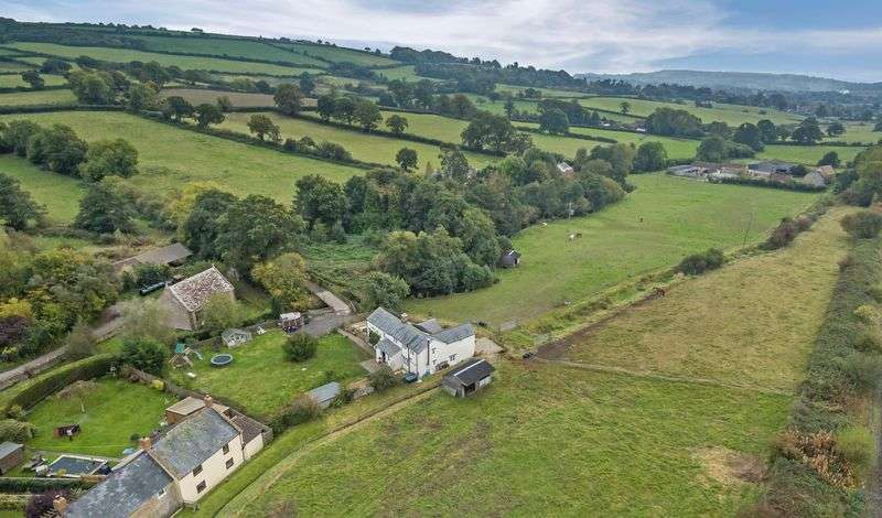 4 Bedrooms Cottage House for sale in Hewish, Crewkerne