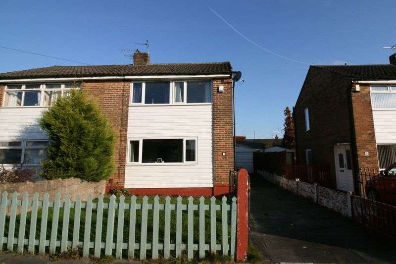3 Bedrooms Semi Detached House for sale in Southdown Drive, Boothstown Manchester