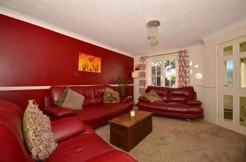 3 Bedrooms Semi Detached House for sale in Gower Road, Horley, Surrey
