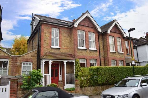 4 Bedrooms Semi Detached House for sale in Hartington Road, St Margarets, Twickenham