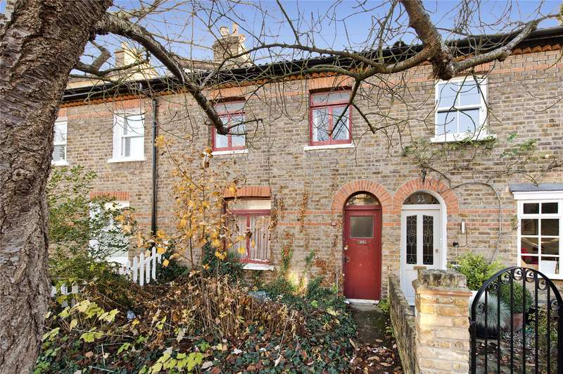 2 Bedrooms Terraced House for sale in Alexandra Road, Richmond, TW9