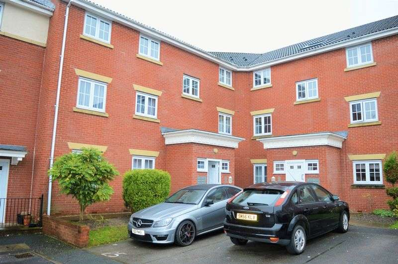 2 Bedrooms Flat for sale in Brookhey, Hyde