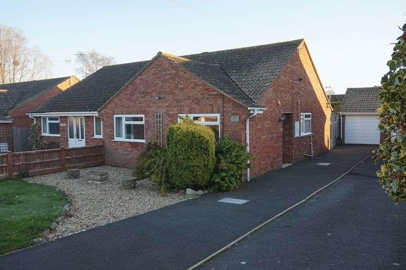 2 Bedrooms Semi Detached Bungalow for sale in Charlton Road, Creech Heathfield