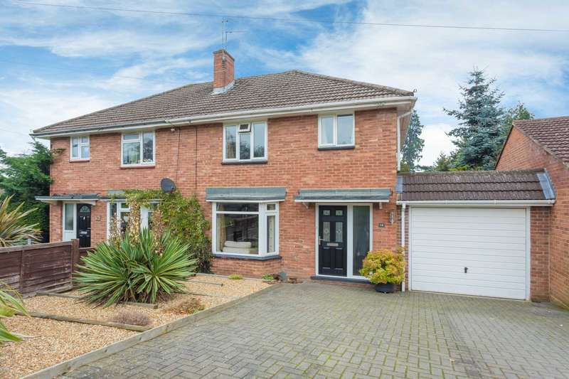 3 Bedrooms Semi Detached House for sale in Loxley Road, Berkhamsted