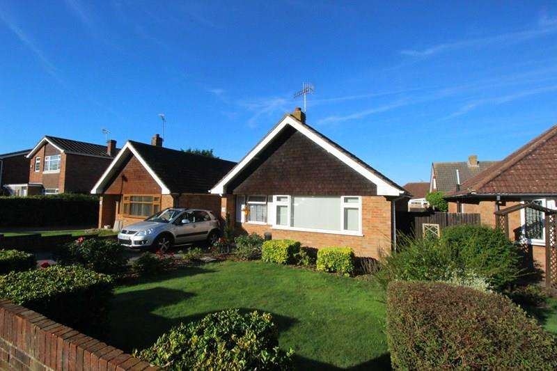 2 Bedrooms Detached Bungalow for sale in Crookhorn Lane, Waterlooville