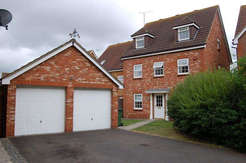 4 Bedrooms Town House for sale in Farne Drive, Wickford