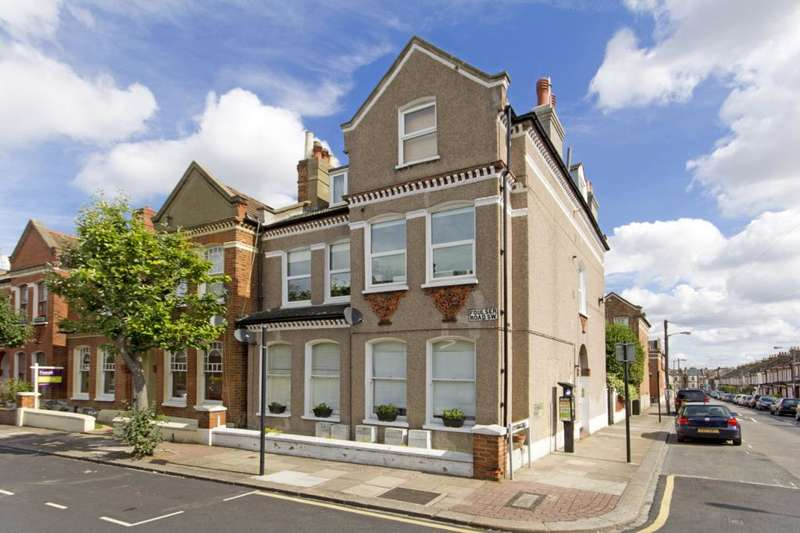 1 Bedroom Flat for sale in Romberg Road, Tooting, London, SW17