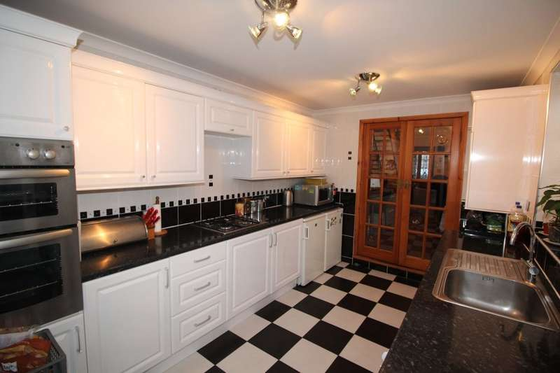 2 Bedrooms Property for sale in Mitcham Road, London, E6