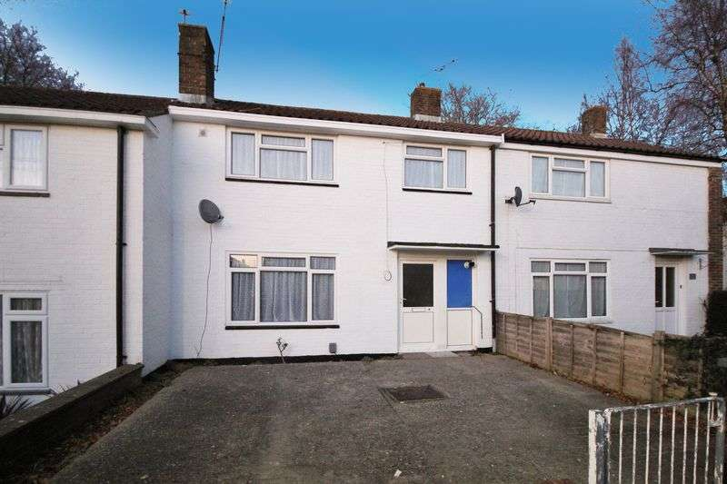 3 Bedrooms Terraced House for sale in Vanners, Crawley