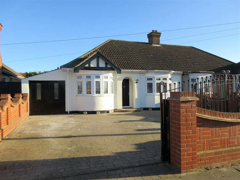 3 Bedrooms Bungalow for sale in King Edward Drive, Grays