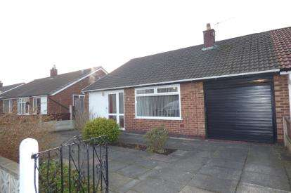 3 Bedrooms Bungalow for sale in Withycombe Road, Penketh, Warrington, Cheshire