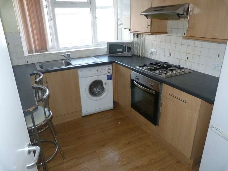 1 Bedroom Flat for rent in Newport Road, Roath, ( 1 Bed ), T/F Front