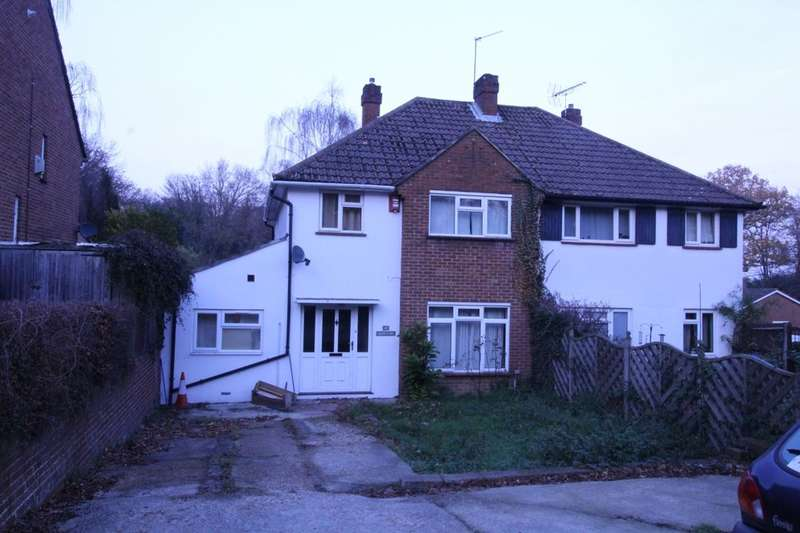 6 Bedrooms Semi Detached House for rent in Glen Eyre Road, Southampton, SO16