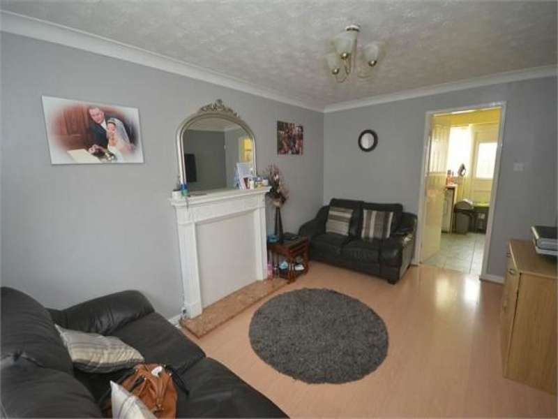 2 Bedrooms Property for sale in Manorwood Drive, Whiston, Prescot, L35