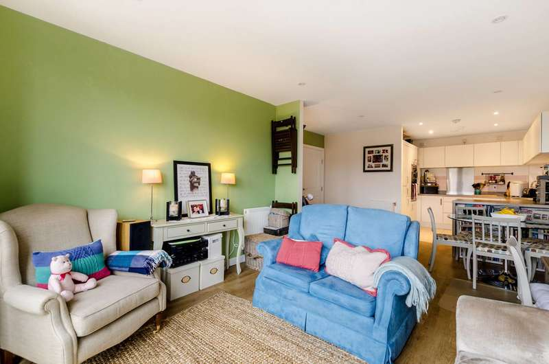 2 Bedrooms Flat for sale in Harford Street, Tower Hamlets, E1
