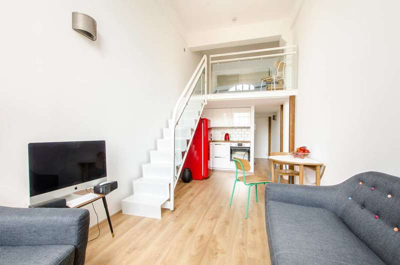 1 Bedroom Flat for sale in Fairfield Road, Bow, E3