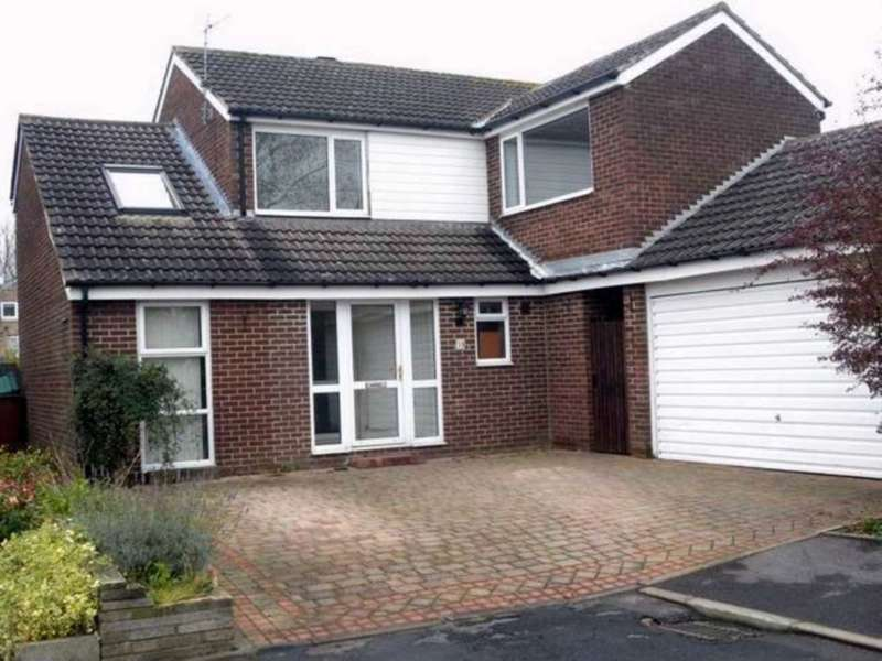 4 Bedrooms Detached House for sale in Colburn Avenue, Newton Aycliffe