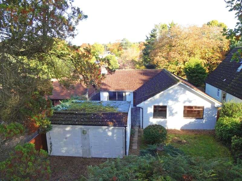 3 Bedrooms Detached Bungalow for sale in Seymour Road, Headley Down