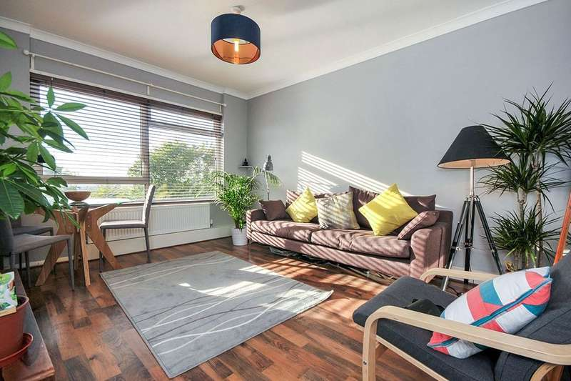 1 Bedroom Flat for sale in Everest Court South Norwood Hill, London, SE25