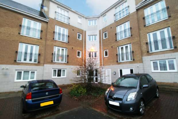 2 Bedrooms Apartment Flat for sale in Brandling Court, North Shields, Tyne And Wear, NE29 6WT