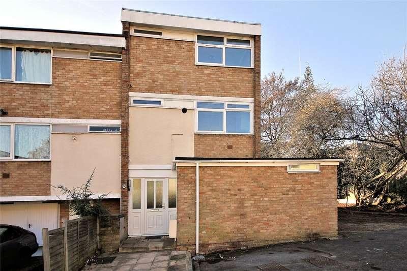 4 Bedrooms End Of Terrace House for sale in Moorholme, Woking, Surrey, GU22