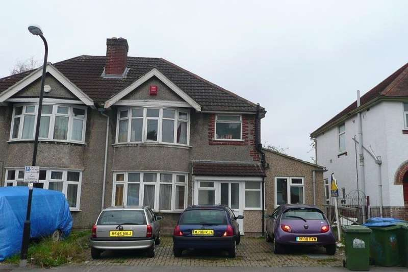 8 Bedrooms Semi Detached House for rent in Sirdar Road, Southampton, SO17