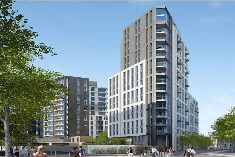 2 Bedrooms Flat for sale in Sovereign Court, Beadon Road, London