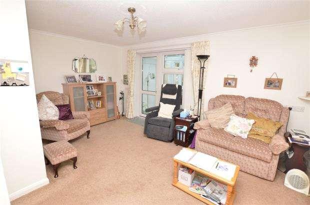 1 Bedroom Semi Detached Bungalow for sale in Jurys Corner Close, Kingskerswell, Newton Abbot, Devon