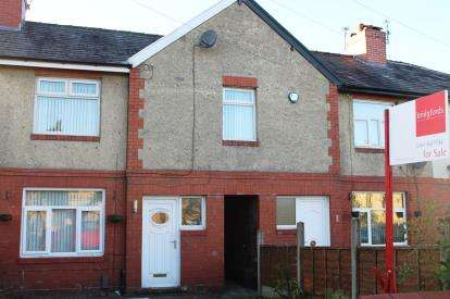 3 Bedrooms Terraced House for sale in Smith Street, Hyde, Greater Manchester