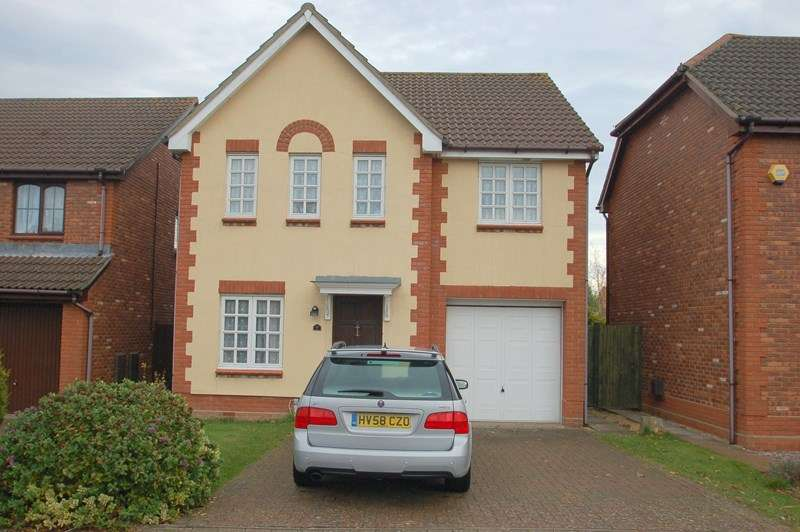 4 Bedrooms Detached House for sale in Admiralty Close, Priddy's Hard, Gosport