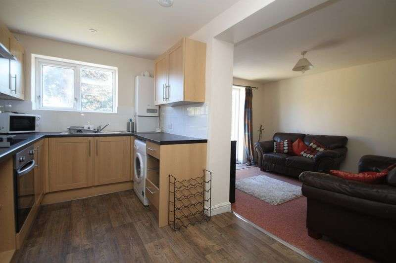 5 Bedrooms Detached House for rent in Withermoor Road, Bournemouth