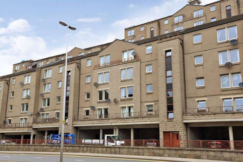 2 Bedrooms Apartment Flat for sale in Virginia Street, Aberdeen