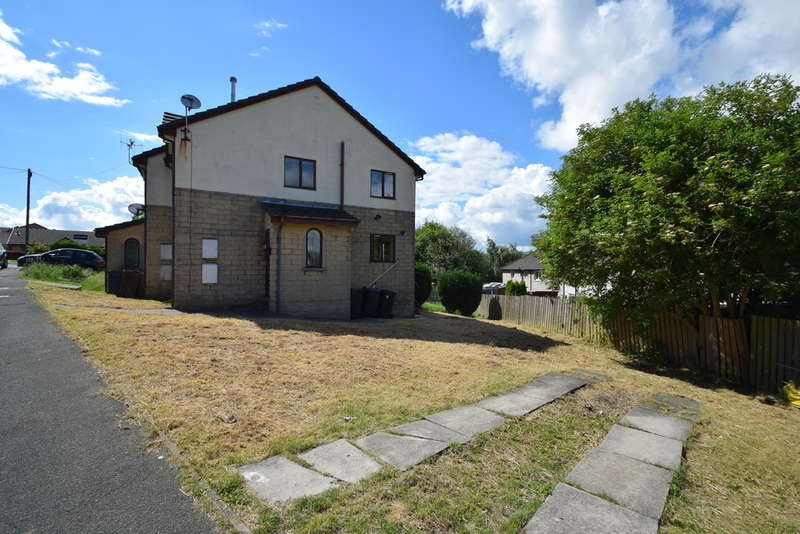 2 Bedrooms Semi Detached House for sale in The Oval, Gilstead