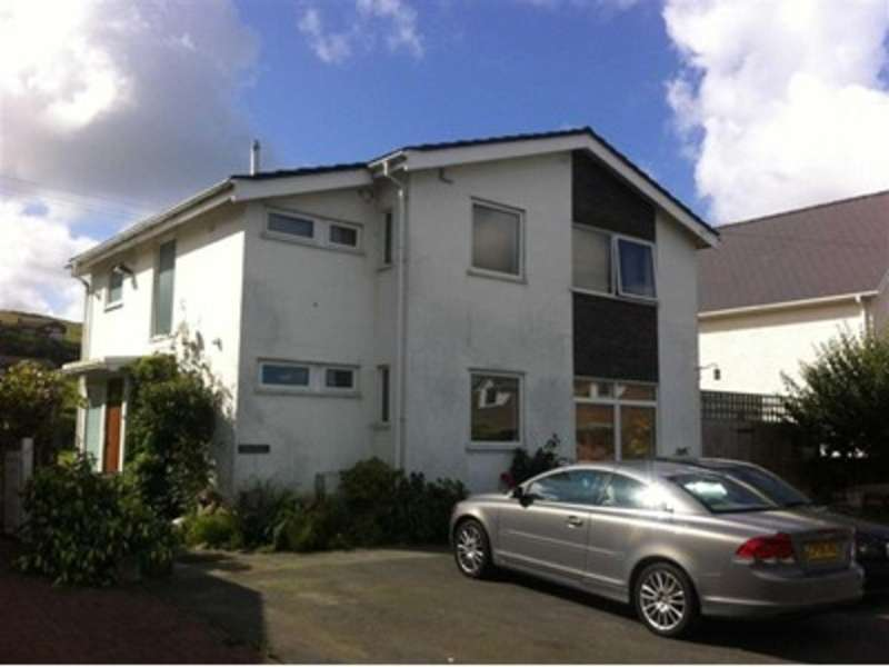 4 Bedrooms Detached House for sale in Cliff Drive, Borth