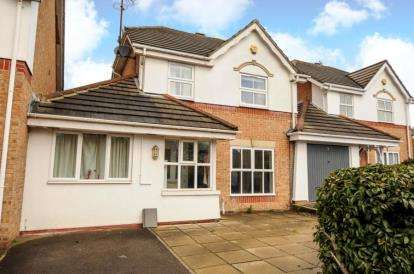 4 Bedrooms Link Detached House for sale in Longfield Avenue, London