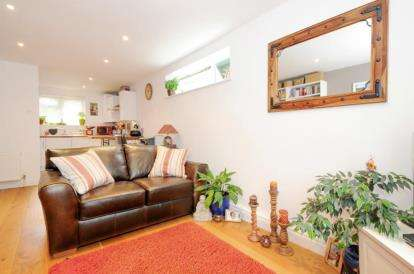 1 Bedroom Flat for sale in Beaconshaw, 11 Oaklands Road, Bromley